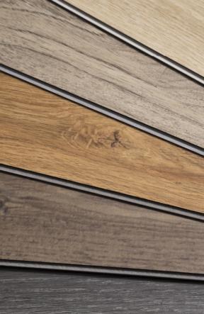 Changer le look de votre plancher: les options : Planches de bois franc de différentes teintes