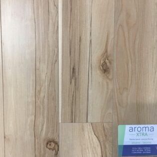 Laminé Aroma XTRA Sésame 12,3mm, 2.39$/pc, moins de 715pc (N39)