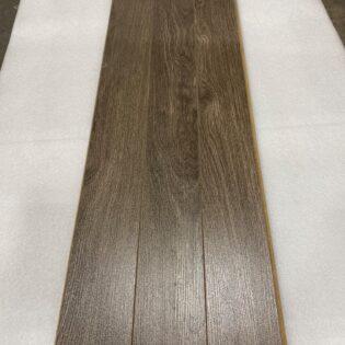 Laminé Trends oak dust 1721, 2.99$/pc, moins de 250pc (S122)